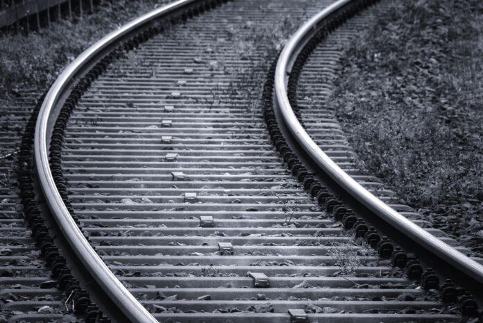 Śmierć w pociągu. Przez kilka godzin na trasie Lubliniec-Częstochowa zamiast składów PKP kursowała autobusowa komunikacja zastępcza 2