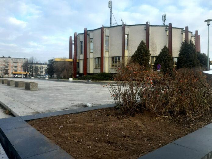 Przy częstochowskim USC wyremontowano parking 2
