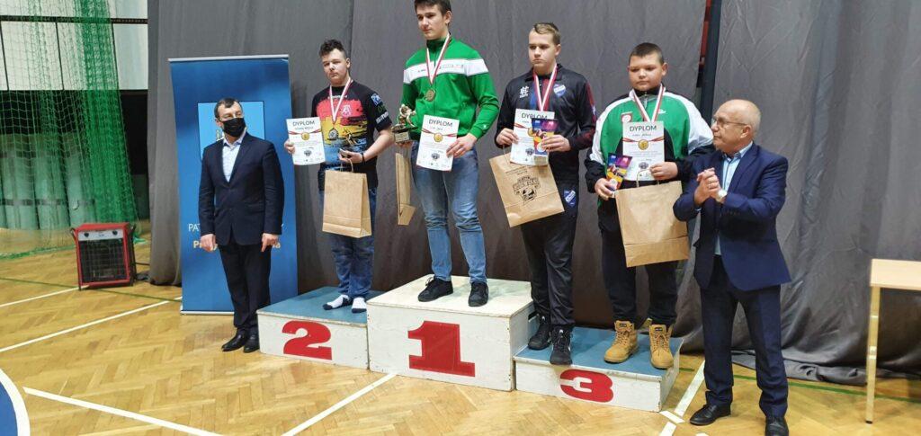 Młodzi zapaśnicy z Radomska z trzema medalami 1