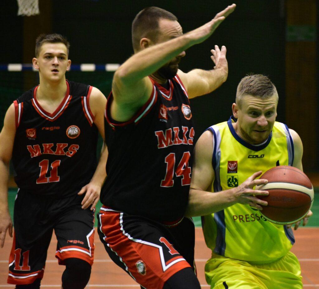 Koszykarze AZS Politechniki nowy 2021 rok rozpoczęli od wygranej 99:96... Oby tak dalej... 8