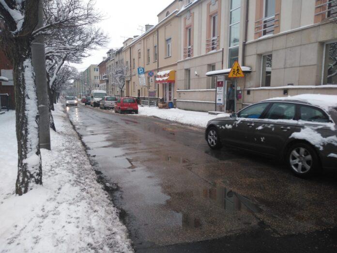 Miasto planuje modernizację ulicy Jasnogórskiej. O pieniądze na ten cel stara się z rządowego programu przeciwdziałania skutkom COVID-19 4