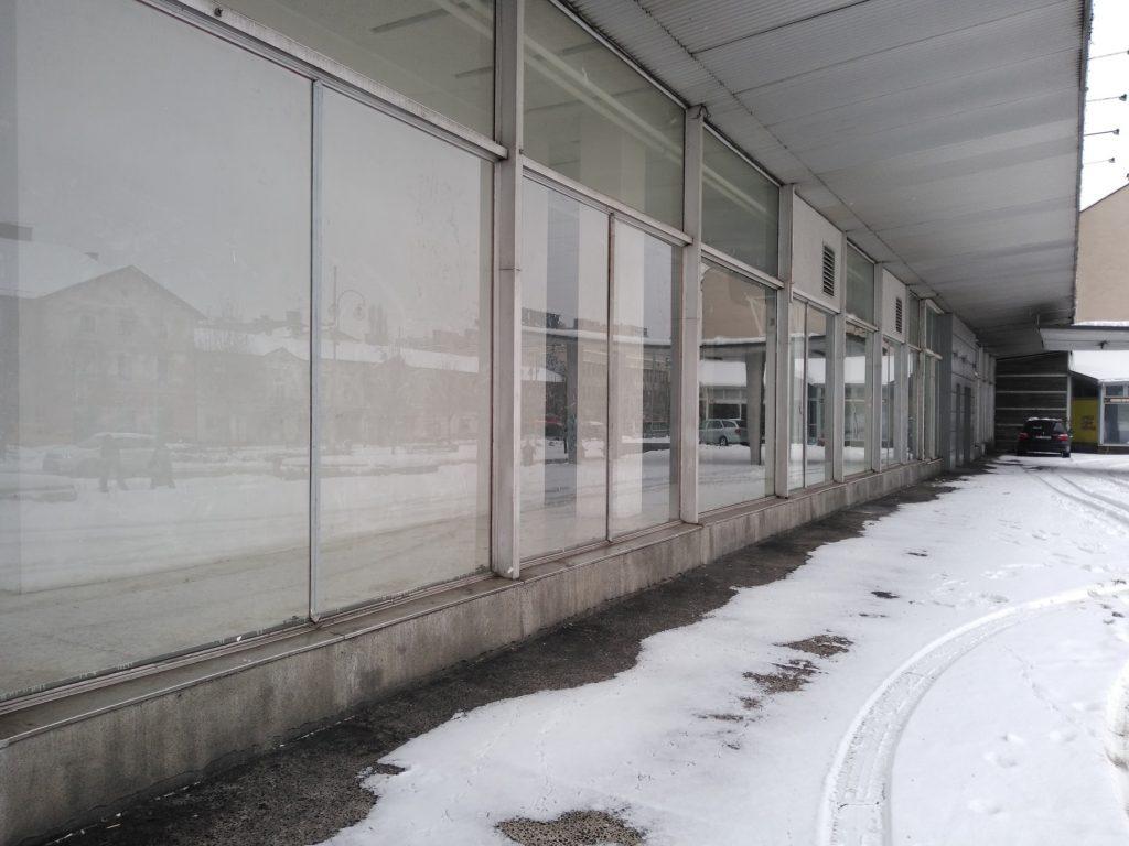 Dom Handlowy Merkury w Częstochowie czeka na nabywcę 2