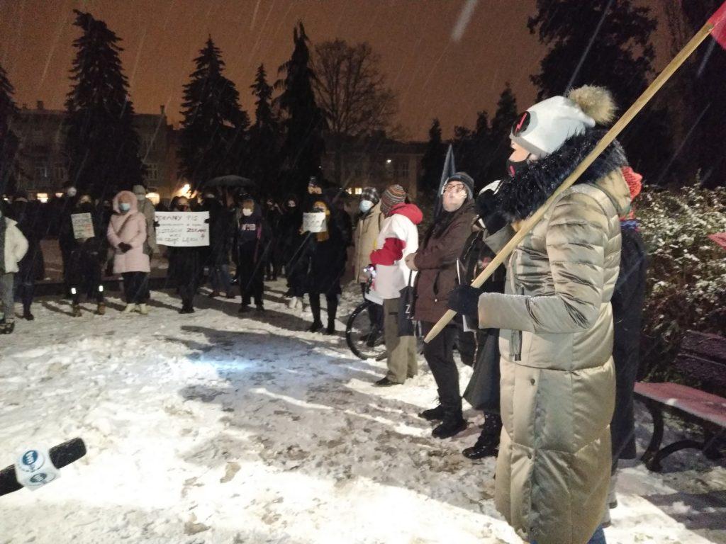 Drugi dzień protestów przeciw publikacji wyroku TK 10