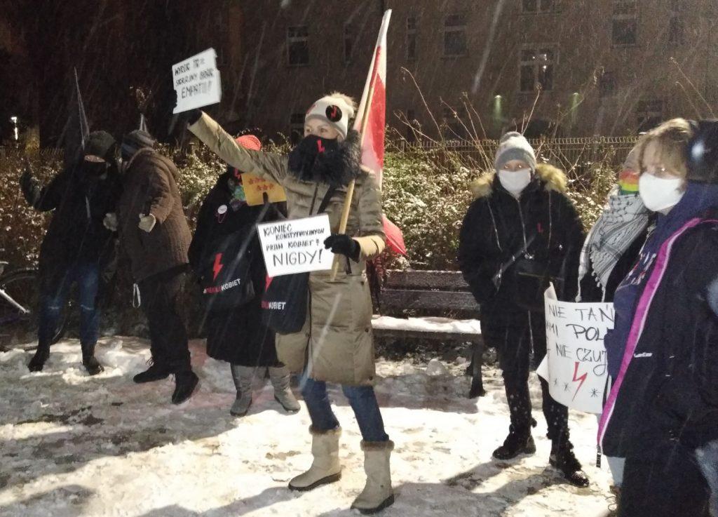 Drugi dzień protestów przeciw publikacji wyroku TK 11