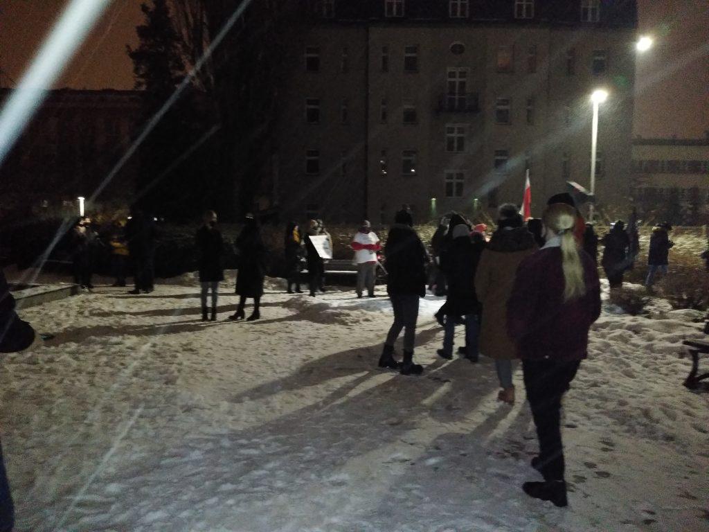 Drugi dzień protestów przeciw publikacji wyroku TK 6