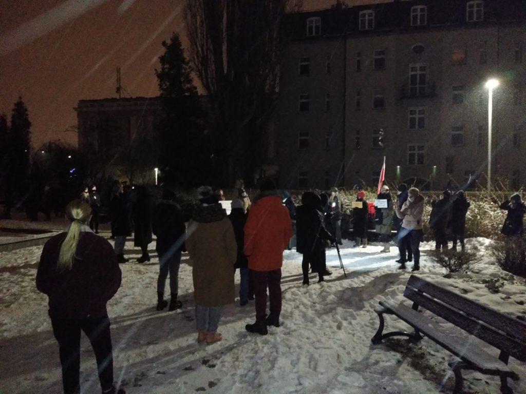 Drugi dzień protestów przeciw publikacji wyroku TK 7