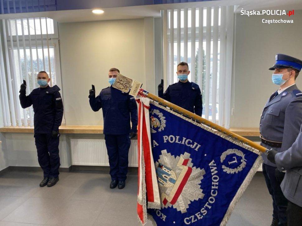 Trzech nowych funkcjonariuszy w częstochowskiej policji 3