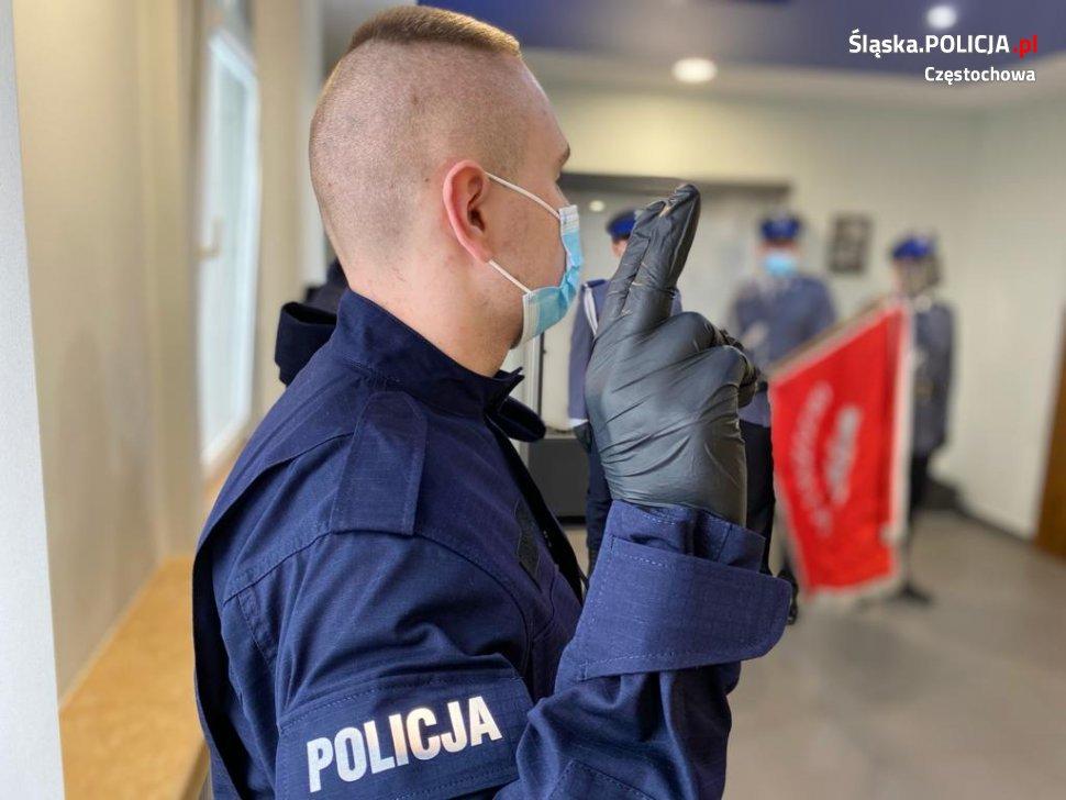 Trzech nowych funkcjonariuszy w częstochowskiej policji 1
