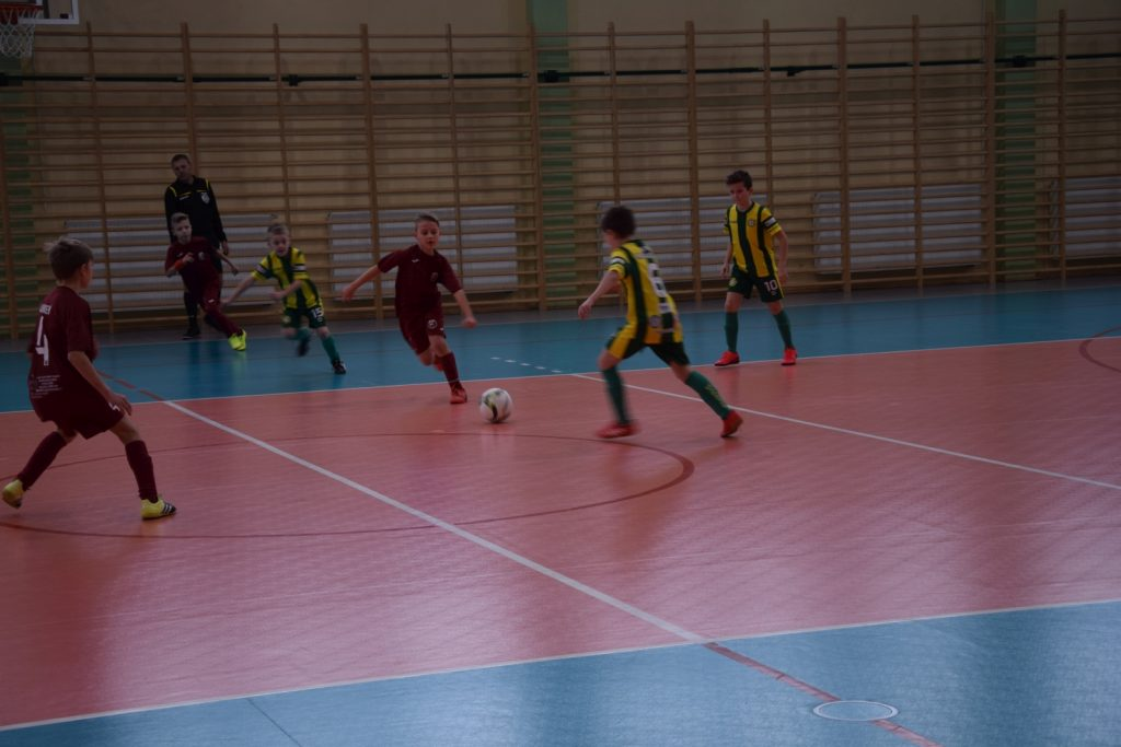 W Mstowie odbył się halowy turniej o Puchar Prezesa ŚZPN 7