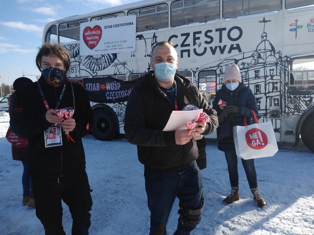 Samochodowa Parada Serc na rzecz częstochowskiego sztabu WOŚP 16