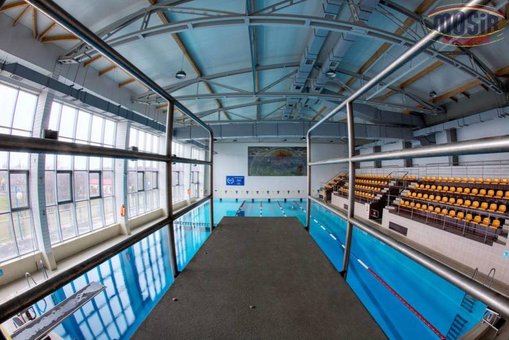 Luzowanie obostrzeń, czyli gdzie od piątku można udać się na basen w regionie 1
