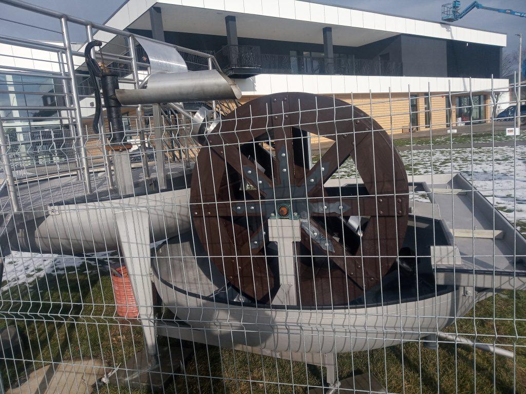 Poważne wady budowlane powodem braku odbioru końcowego basenu w Radomsku. 29