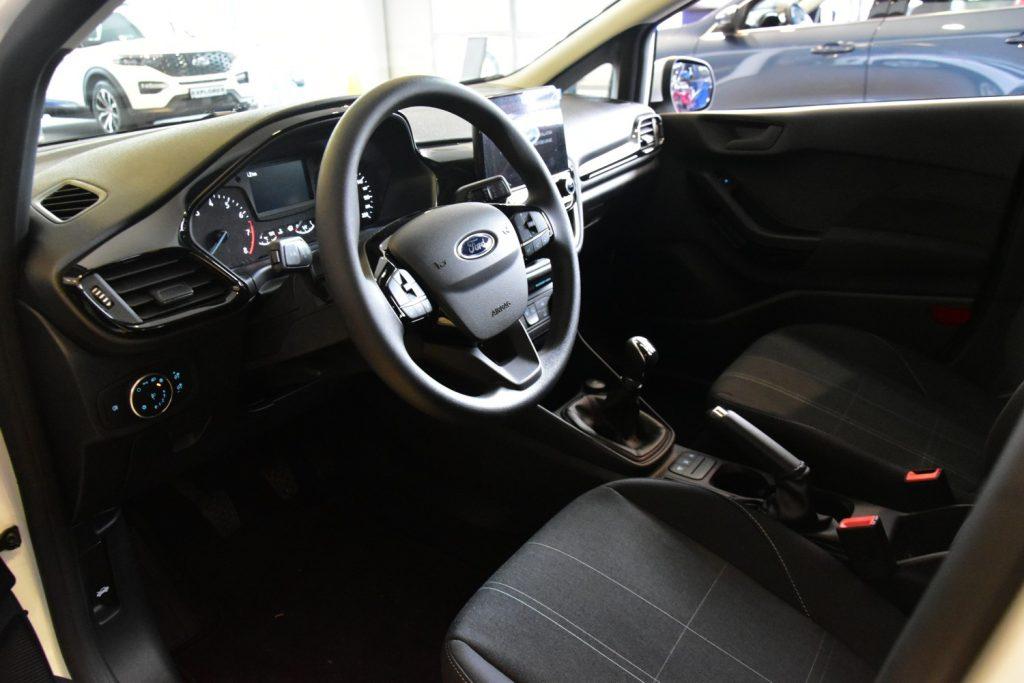 Ford Fiesta – radość z bezpiecznej i wygodnej jazdy 9