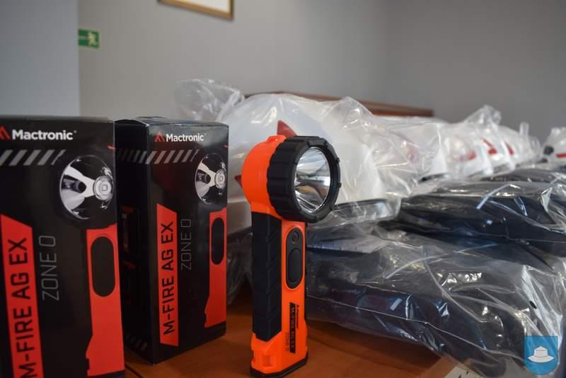 Strażacy z OSP Kłobuck i OSP Łobodno otrzymali nowy sprzęt 8