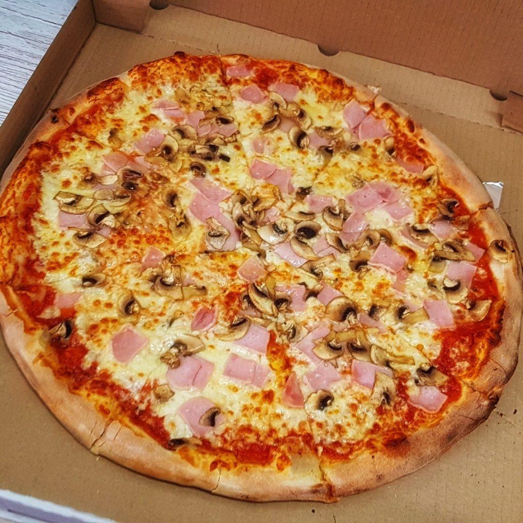 Pizza na dzień pizzy 2021. W Częstochowie stacjonarnie serwują ją dwa lokale 1
