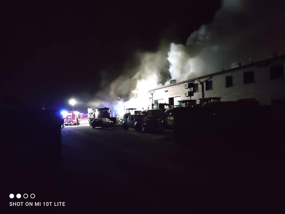 Pożar w Boronowie. Ogień gasiło 50 strażaków 1