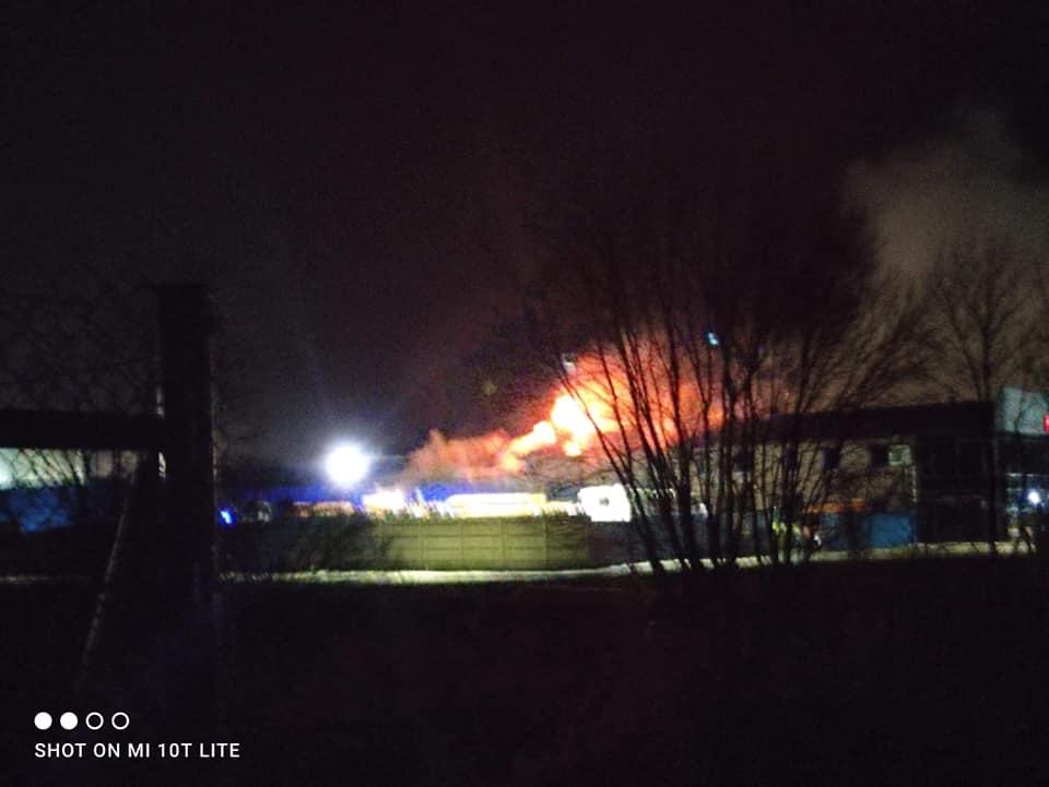 Pożar w Boronowie. Ogień gasiło 50 strażaków 3