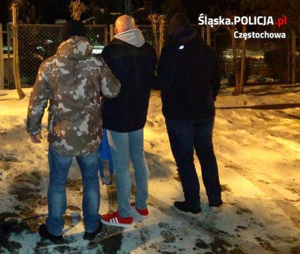 Siedem lat ukrywał się przed wymiarem sprawiedliwości, został zatrzymany przez częstochowskich policjantów 2
