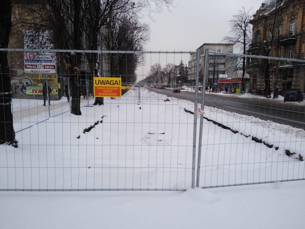 Zima nie zatrzymała remontu torów w Śródmieściu Częstochowy 10