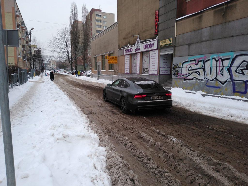 Zima nie zatrzymała remontu torów w Śródmieściu Częstochowy 6