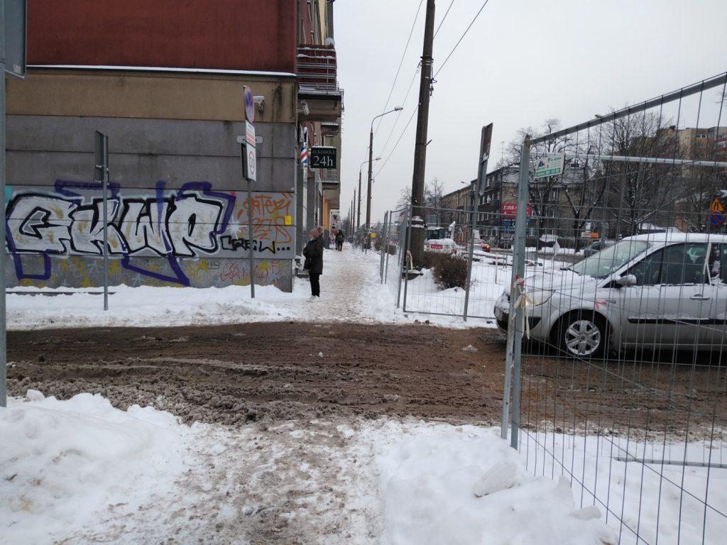 Zima nie zatrzymała remontu torów w Śródmieściu Częstochowy 7