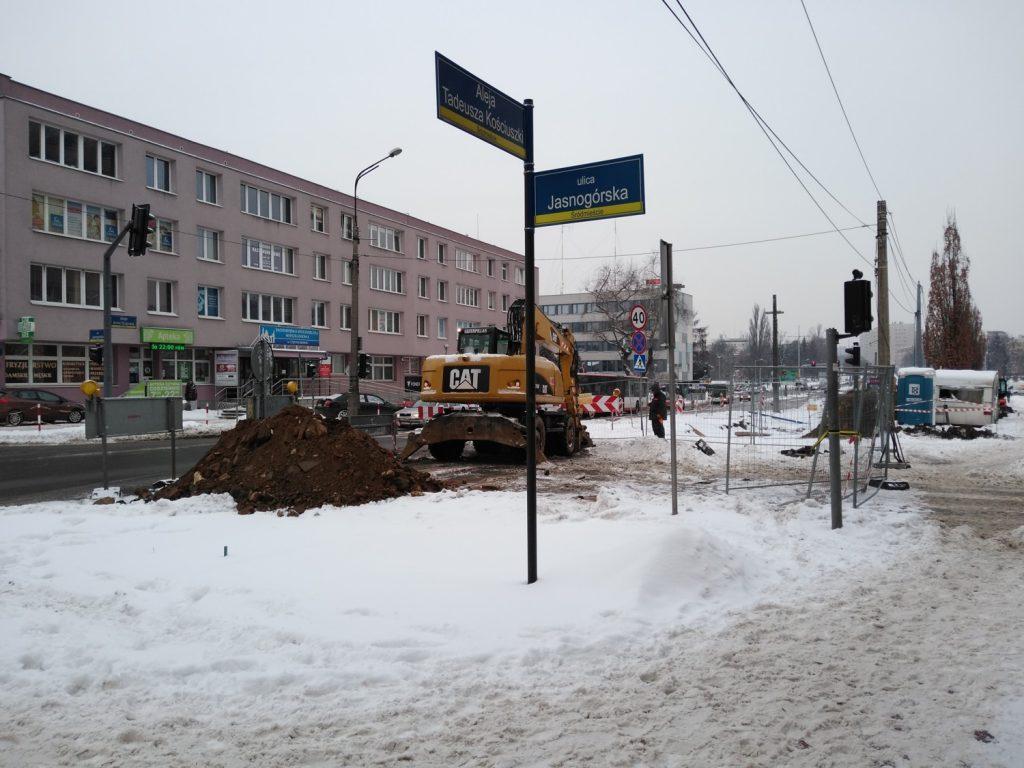 Zima nie zatrzymała remontu torów w Śródmieściu Częstochowy 8