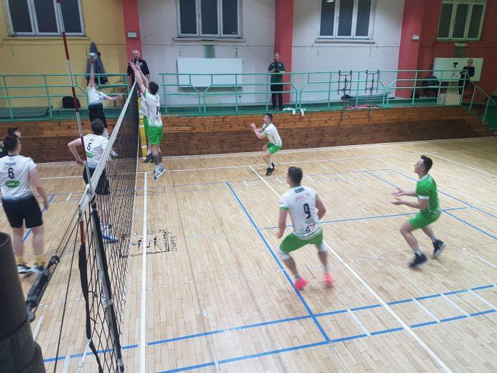 Mistrzowie 1 ligi śląskiej siatkarze Jawor Mineral AZS odnieśli w Jaworznie 18 zwycięstwo w sezonie! 5