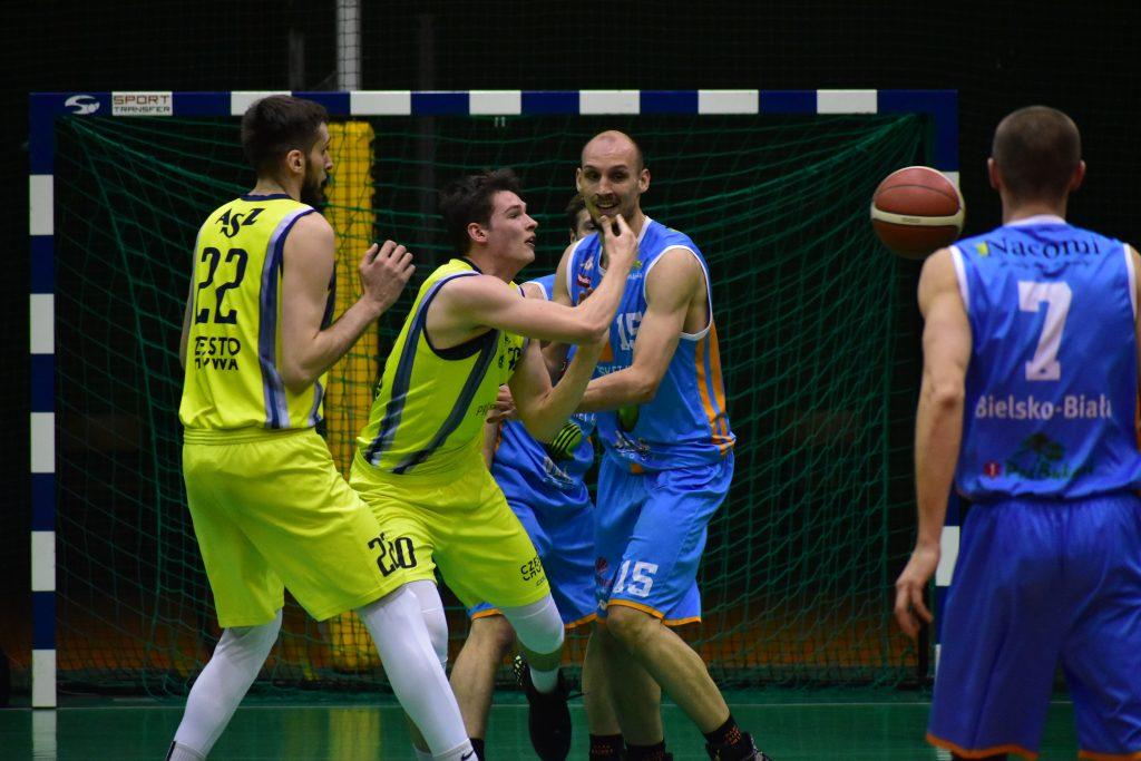 Gdyby nie ta ostatnia kwarta częstochowskich koszykarzy... 5