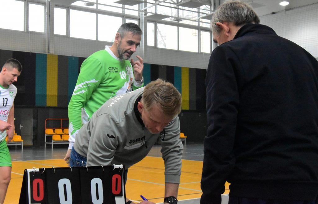 """W siatkarskich derbach Częstochowy """"AZS-ów"""" lepsi... 4"""