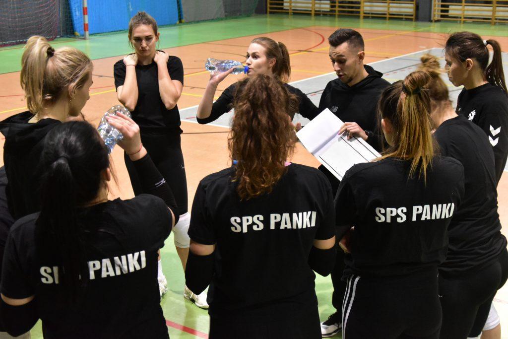 Siatkarki Akademii Siatkówki SPS Panki pokonały lidera i prowadzą w grupie mistrzowskiej 1