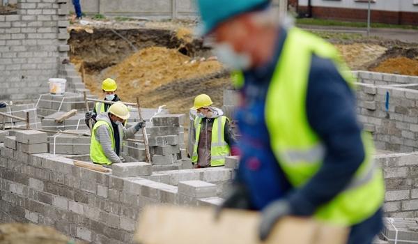 Na Rakowie rozpoczęła się budowa bloku komunalnego 2