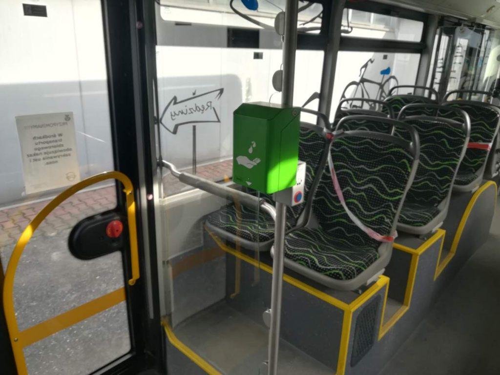 W rędzińskich autobusach zamontowano biletomaty 3