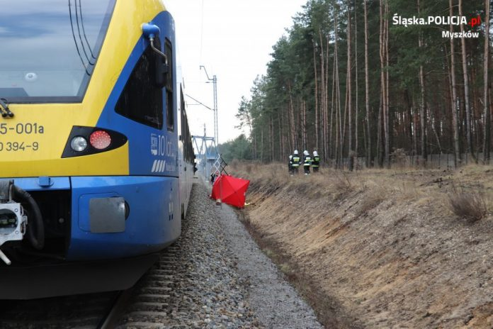 W Myszkowie pociąg śmiertelnie potrącił kobietę 2