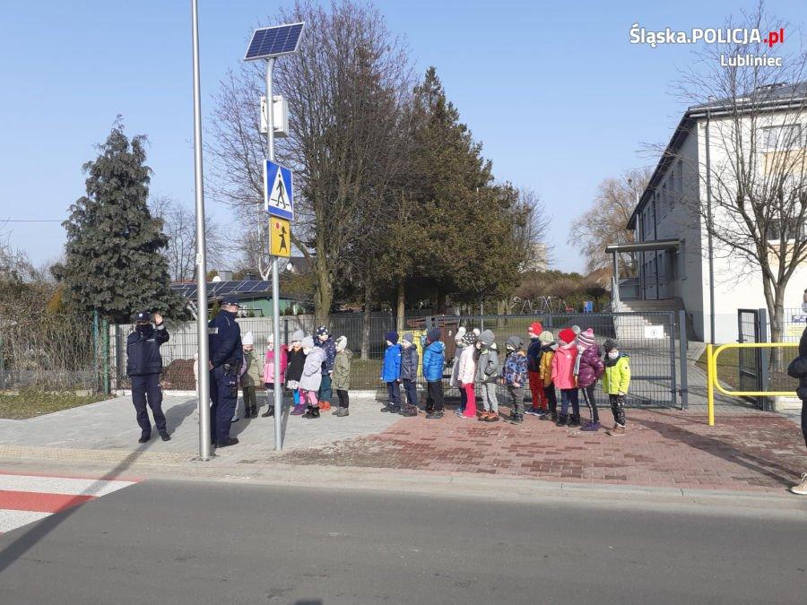 Prelekcje lublinieckich policjantów o zasadach bezpieczeństwa 3