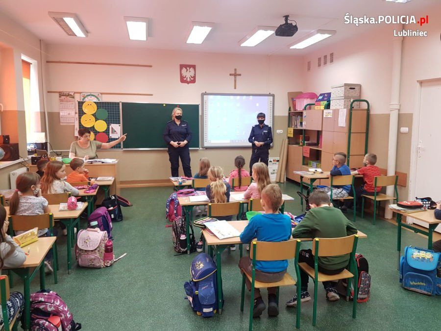 Prelekcje lublinieckich policjantów o zasadach bezpieczeństwa 2