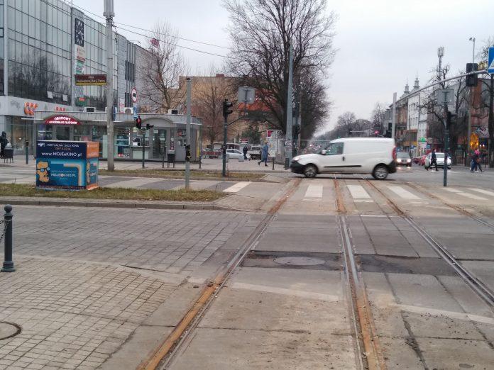 Częstochowa – jak będziemy jeździć w Śródmieściu z powodu nowego etapu remontu torów tramwajowych? Sprawdź 4