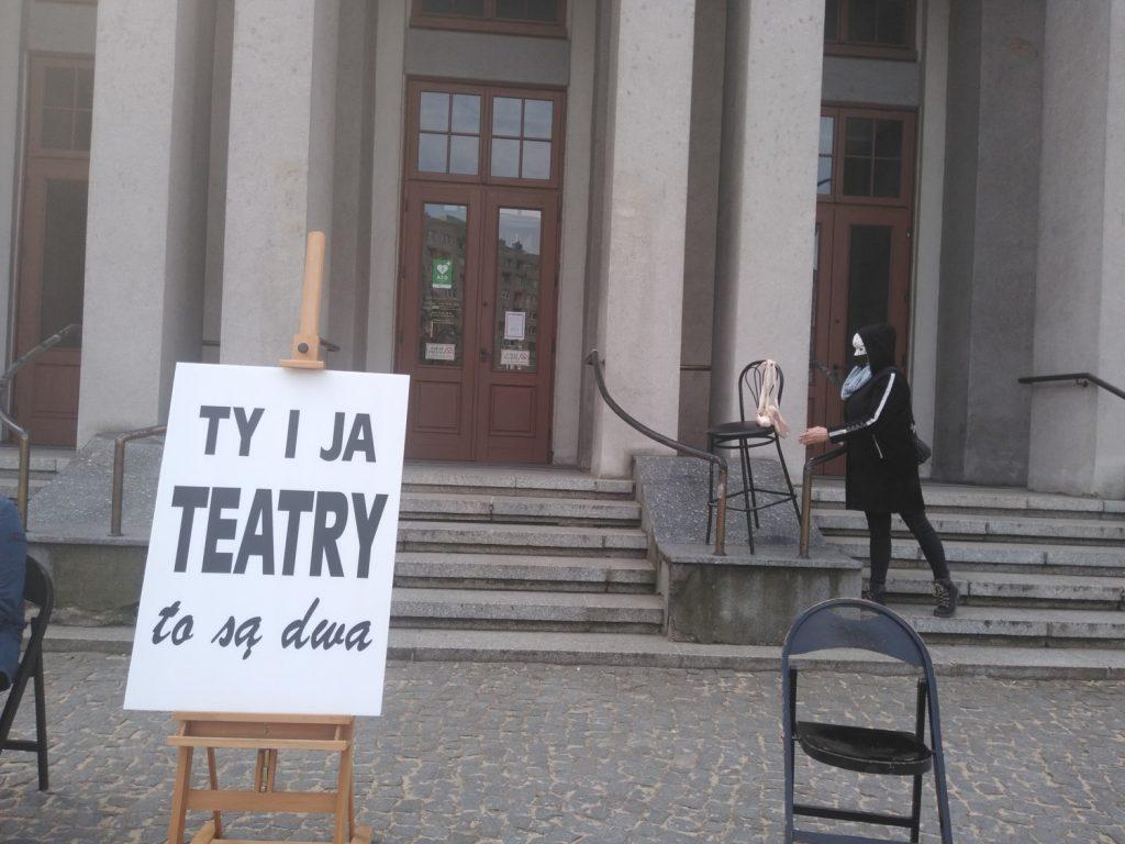 Zobacz, jak wyglądał w Częstochowie happening z okazji Międzynarodowego Dnia Teatru 5