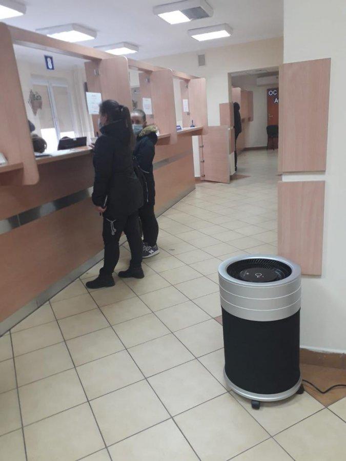 W urzędach w Kłobucku czyszczą powietrze, aby uchronić interesantów przed zakażeniem koronawirusem 5