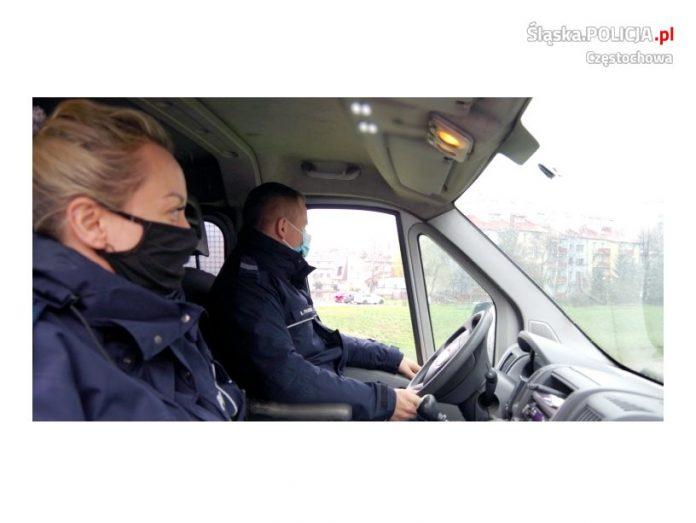Częstochowscy policjanci uratowali kobietę, która usiłowała odebrać sobie życie 2