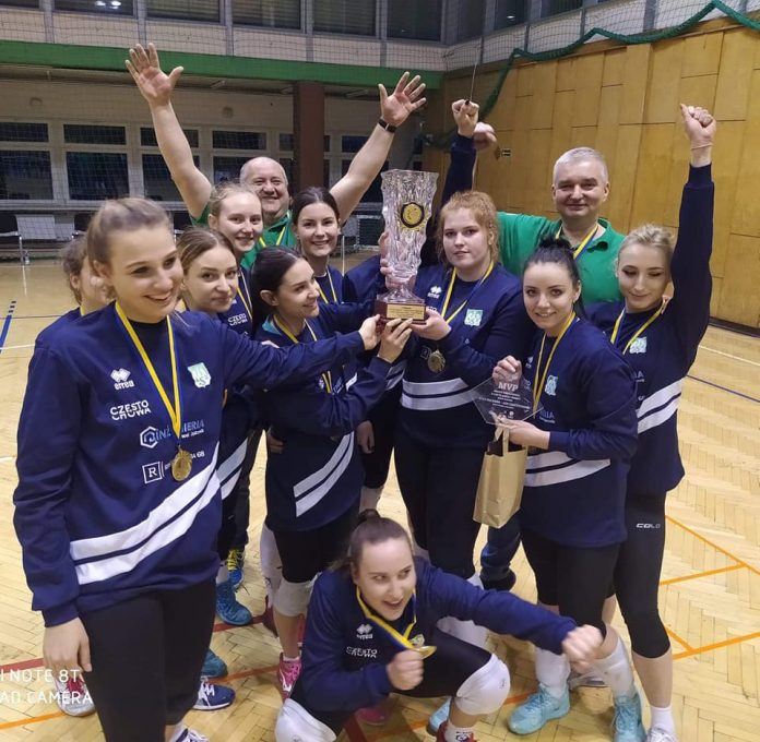 Siatkarki AZS Częstochowa mistrzyniami!!! Wygrały finał w Rudzie Śląskiej i zdobyły okazały puchar i złote medale 14