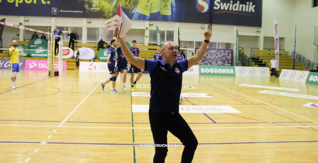 Siatkarze Exact Systems Norwid wygrali w Świdniku i są bliżej 5. miejsca. Co za mecz. Dwa sety na przewagi! 3
