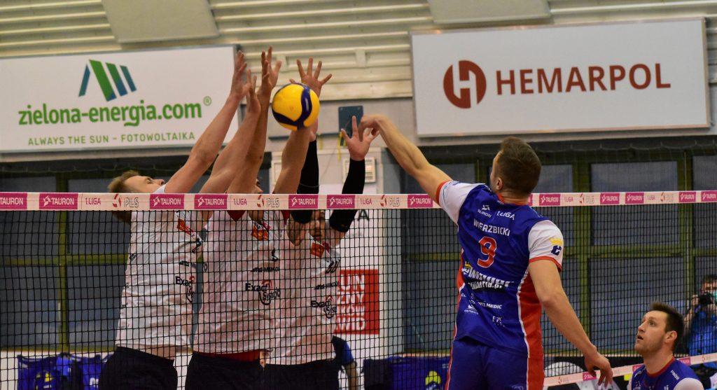 Porażka siatkarzy Exact Systems Norwida w pierwszym meczu play-off z Gwardią Wrocław 4