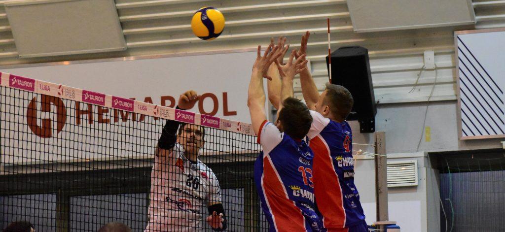 Porażka siatkarzy Exact Systems Norwida w pierwszym meczu play-off z Gwardią Wrocław 1