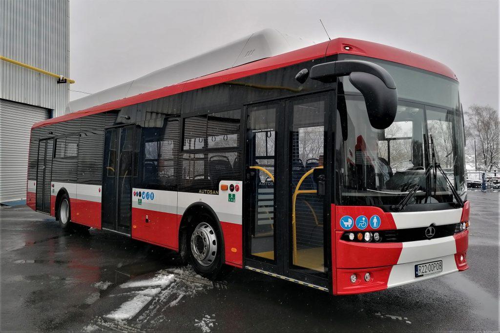 Na drogach Podkarpacia testują elektryczny autobus dla Częstochowy 2