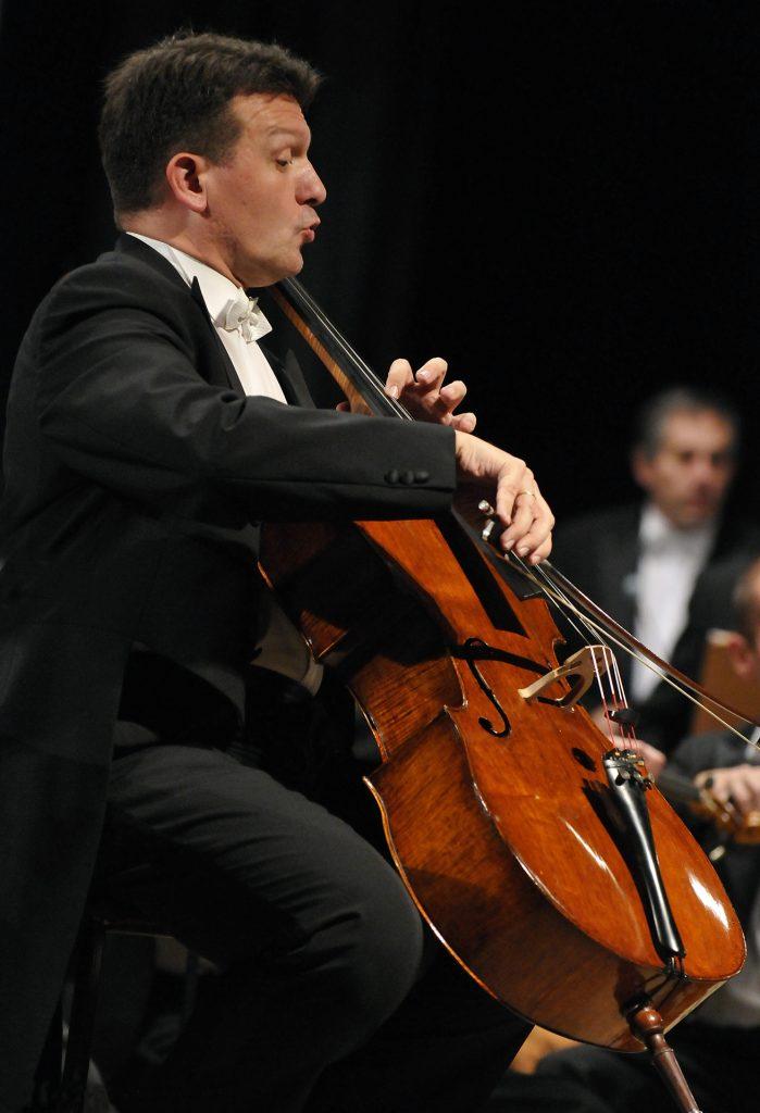 """""""Koncert przy świecach"""". Filharmonia Częstochowska zaprasza na kolejne wydarzenie online 1"""