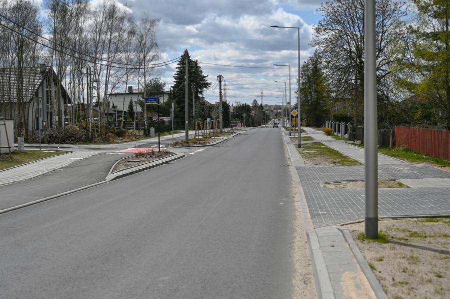 Na Północy koniec dużej inwestycji drogowej – ulica św. Brata Alberta rozbudowana, odwodnienie wykonane 5