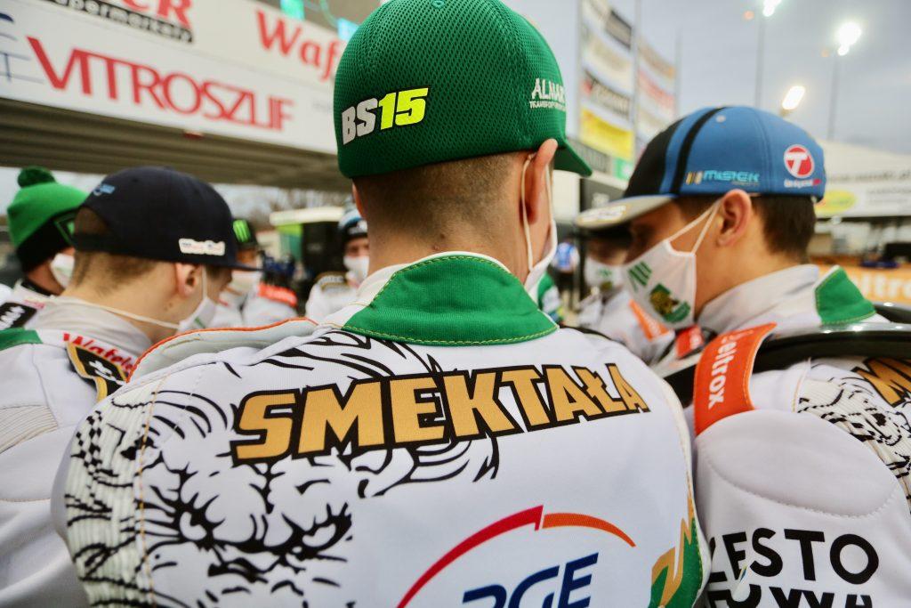 W Lesznie zwycięstwo rozstrzygnęło się w ostatnim wyścigu i Eltrox Włókniarz... 1