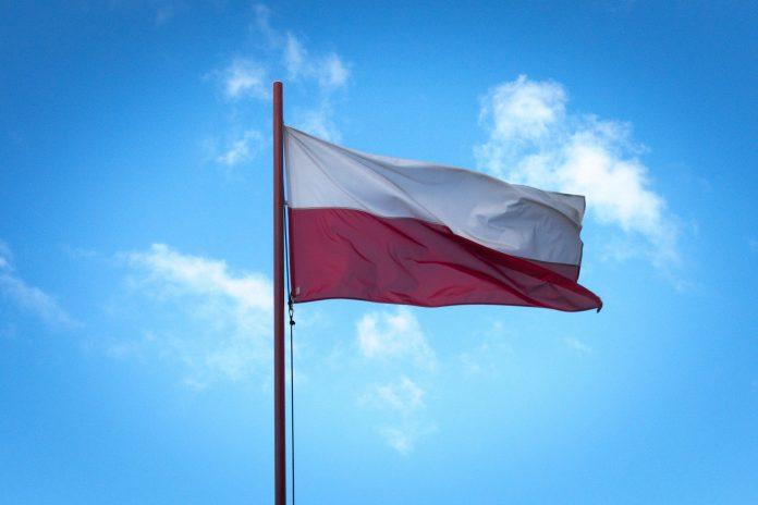 Idzie majówka, wywieśmy flagi 5