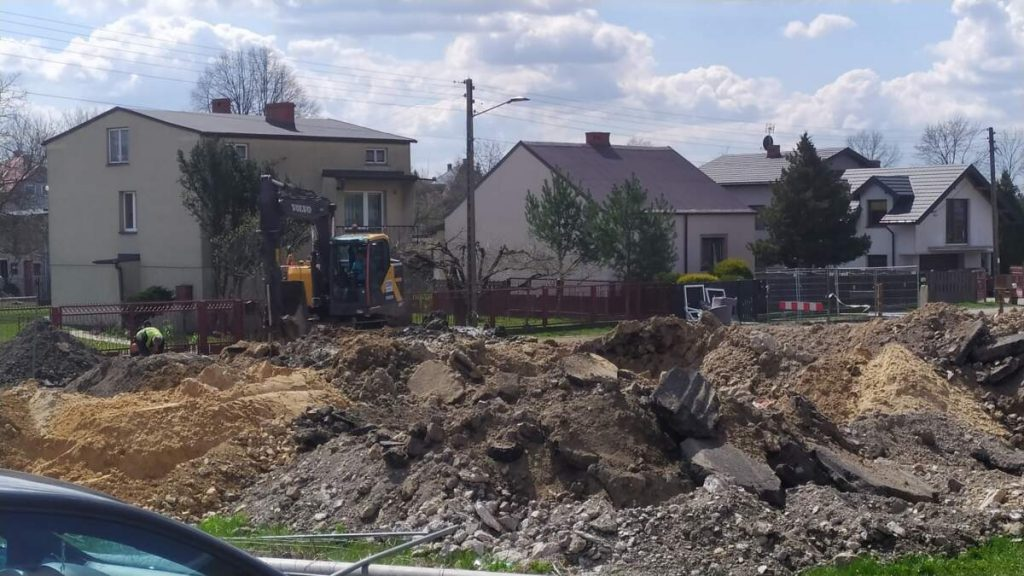 W Kościelcu i Rudnikach rozbudowują sieć kanalizacji sanitarnej 1