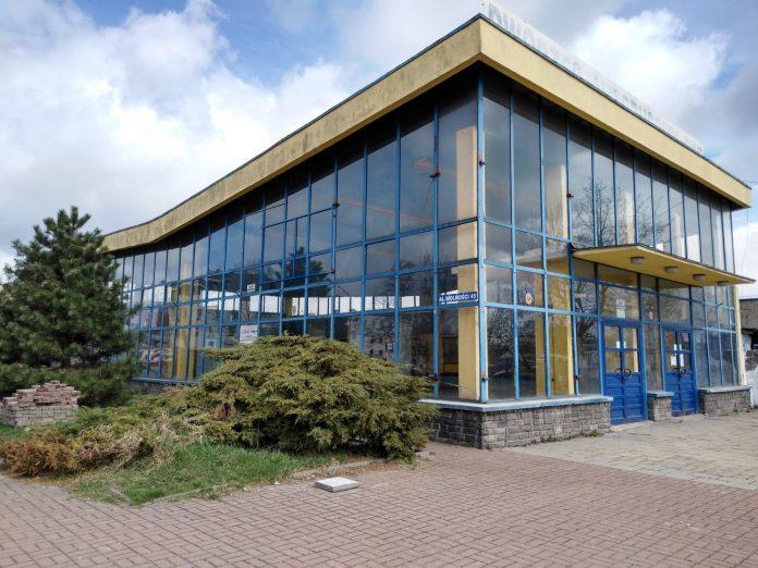 Starostwo Powiatowe w Częstochowie szykuje się do uruchomienia własnej komunikacji publicznej. Ma ona uzupełnić ograniczone kursy częstochowskiego PKS-u 8
